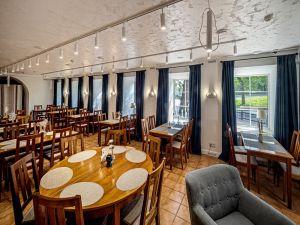 Ресторан Россо Рива с Кам...