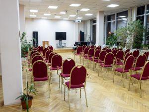 Зал на Красносельской